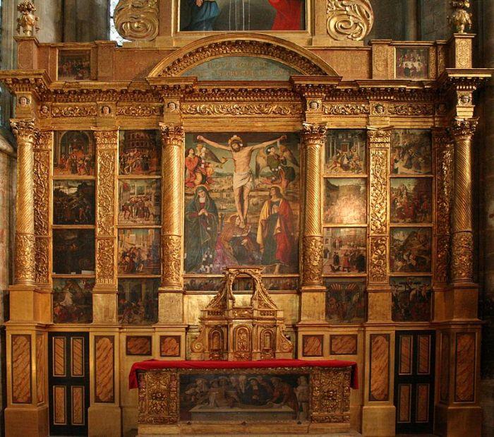 800px-basilique-saint-maximin-retable-crucifixion